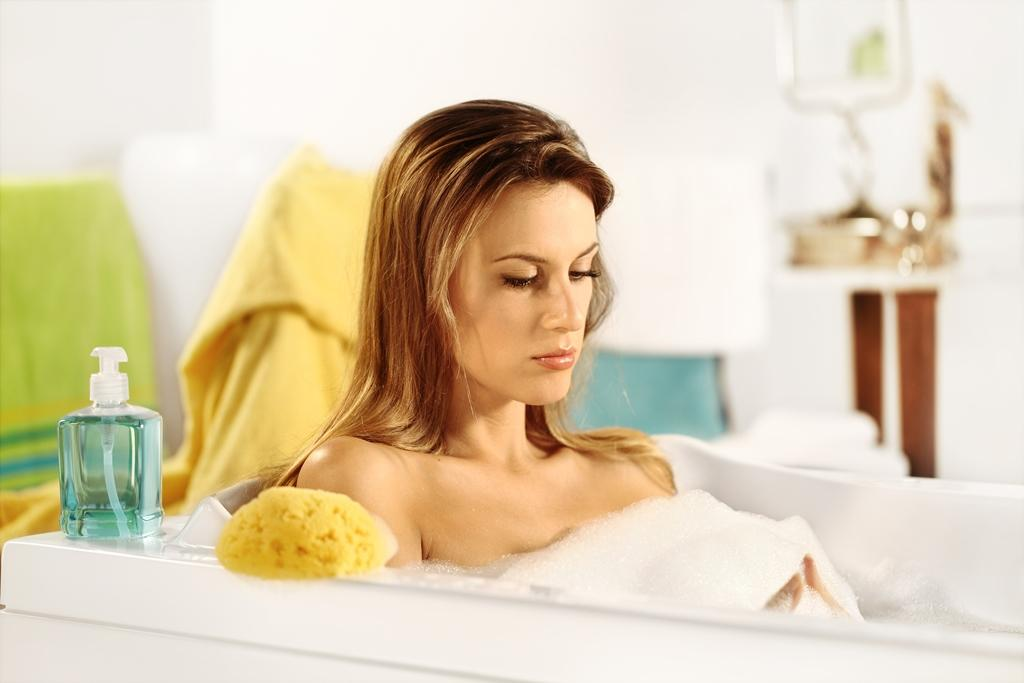 tender babe is masturbating wildly in the bathtub  338981