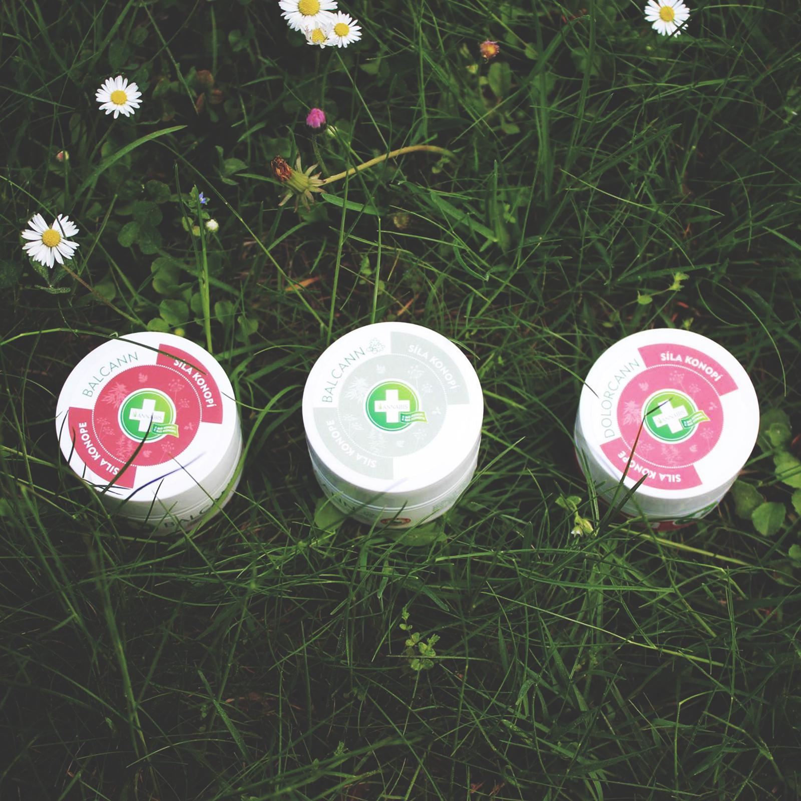 Kupte jakékoliv 2 produkty od značky Annabis a dostanete od nás dárek – regenerační pleťový krém s koenzymem Q10