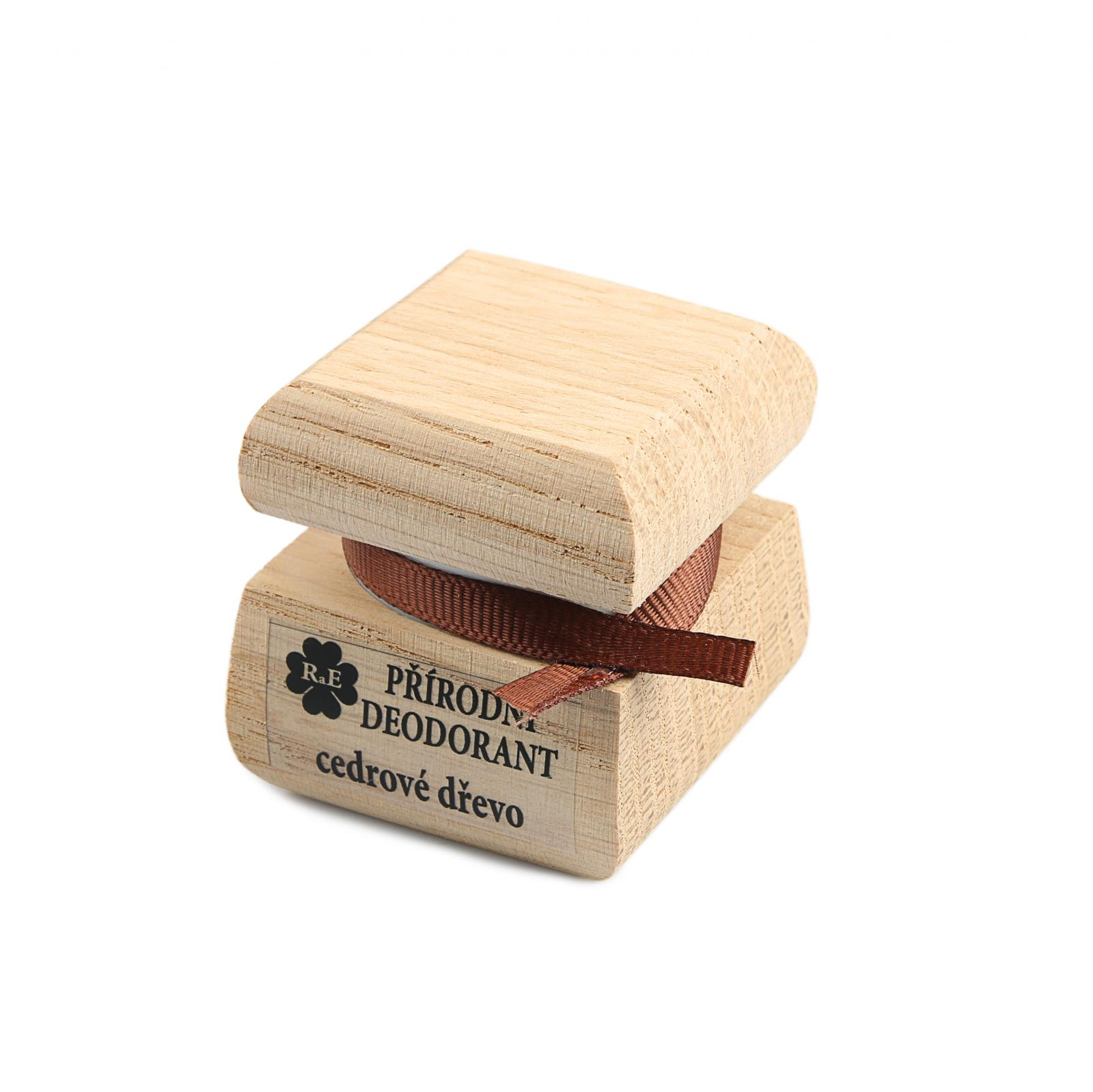 RaE Přírodní krémový deodorant s vůní cedrového dřeva 15 ml dřevěný obal