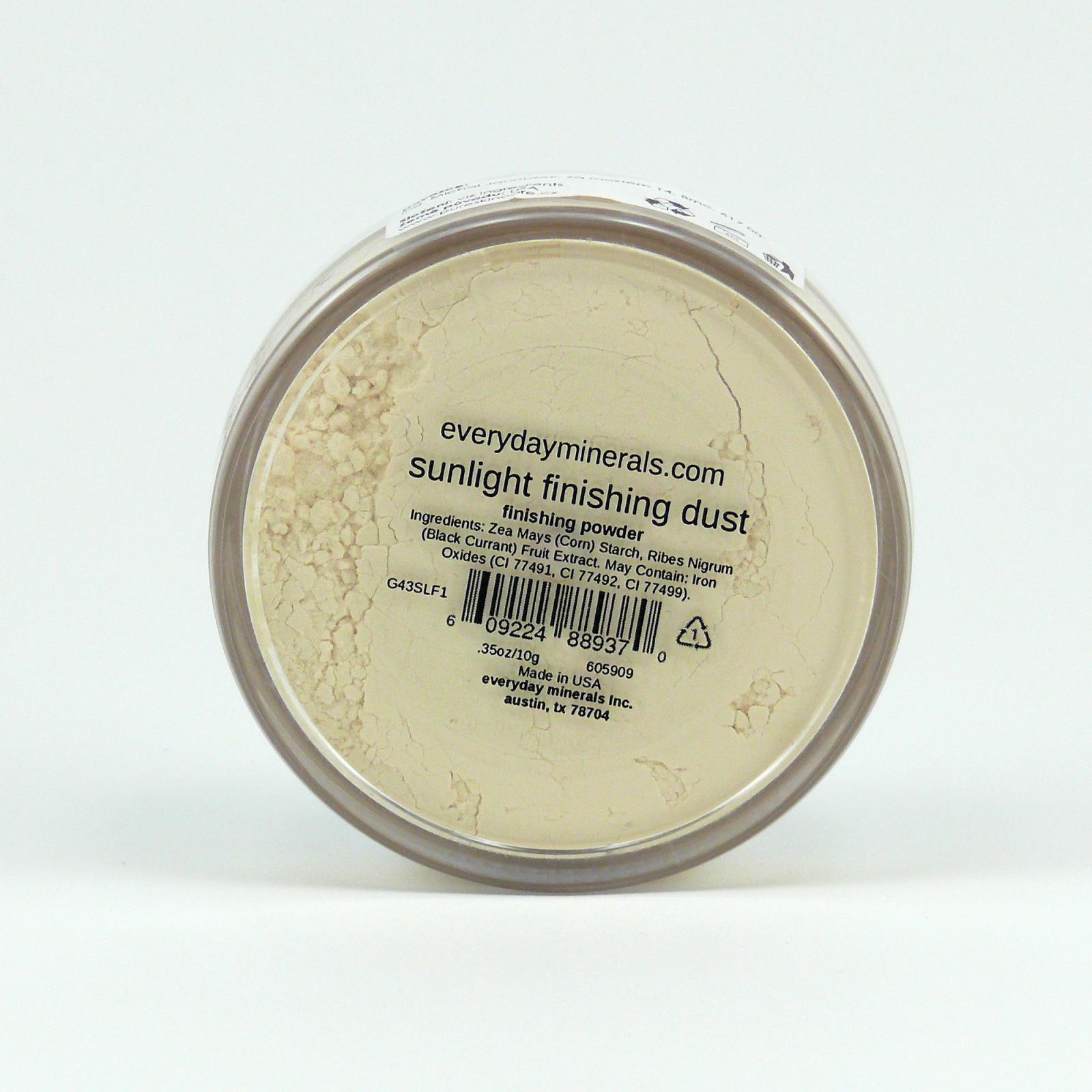 Everyday Minerals Minerální fixační pudr Sunlight Finishing Dust 4,8 g