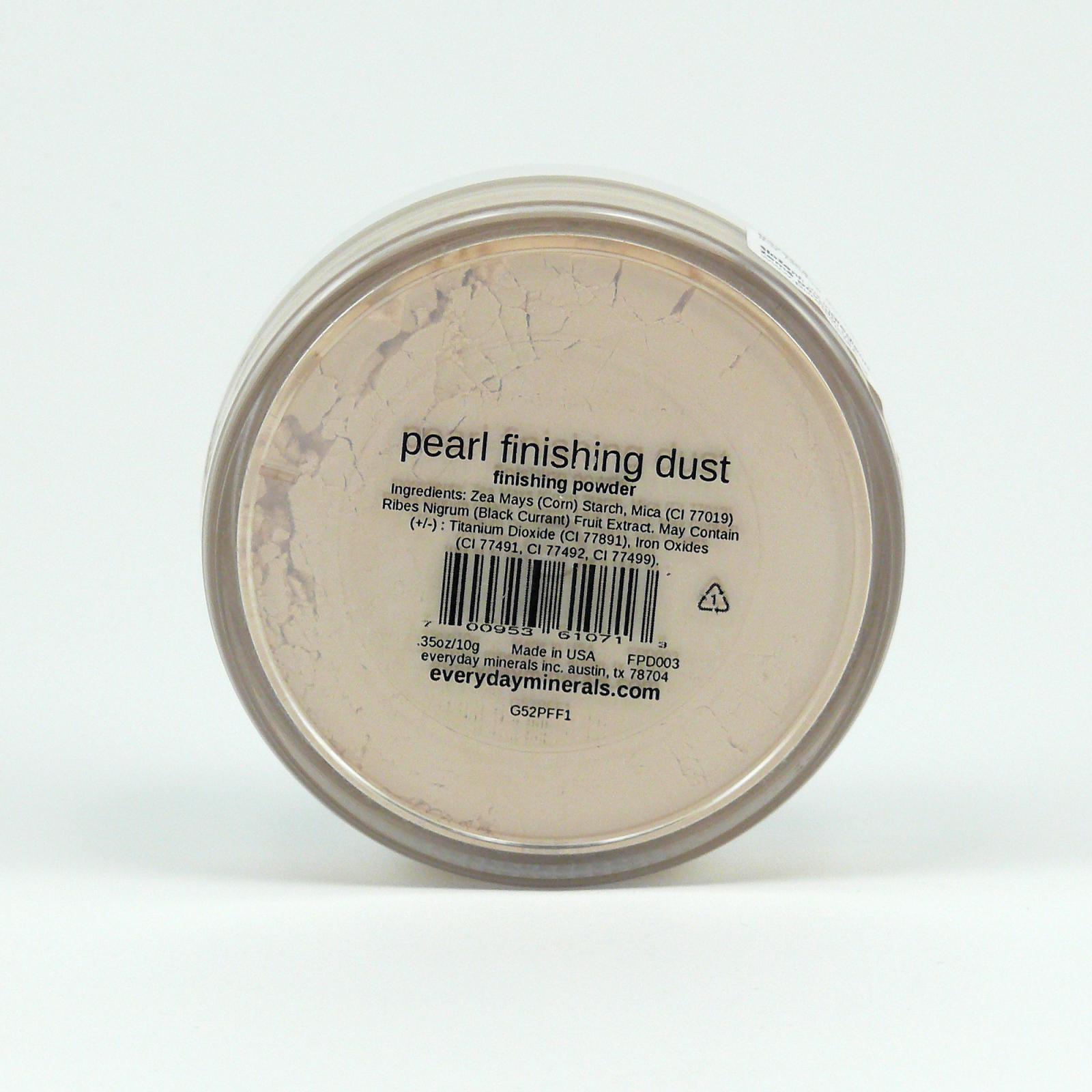 Everyday Minerals Minerální fixační pudr Pearl Finishing Dust 4,8 g