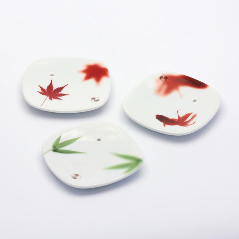 Yume-no-Yume Stojánek na japonské vonné tyčinky Bamboo Leaf 1 ks