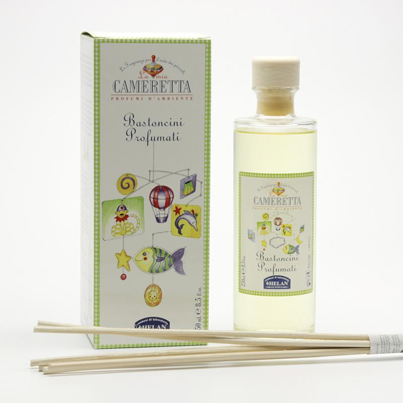 Hanna Maria Dětská pokojová přírodní vůně s ratanovými tyčkami, La mia Camer 250 ml