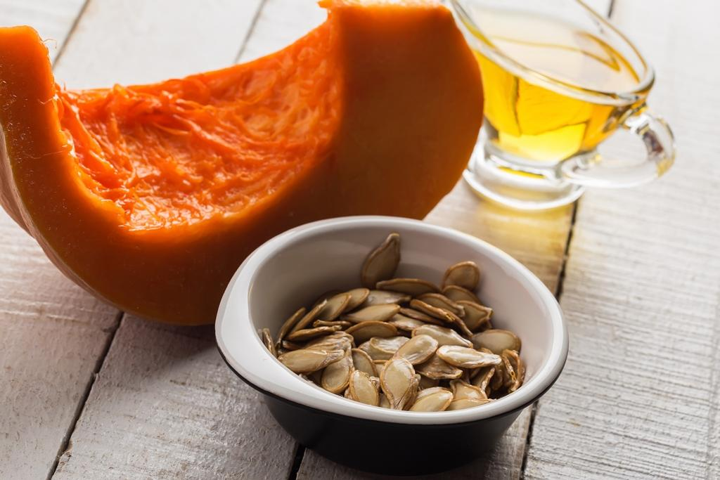 4 ingredience, které si dát ke snídani i do večerní pleťové masky