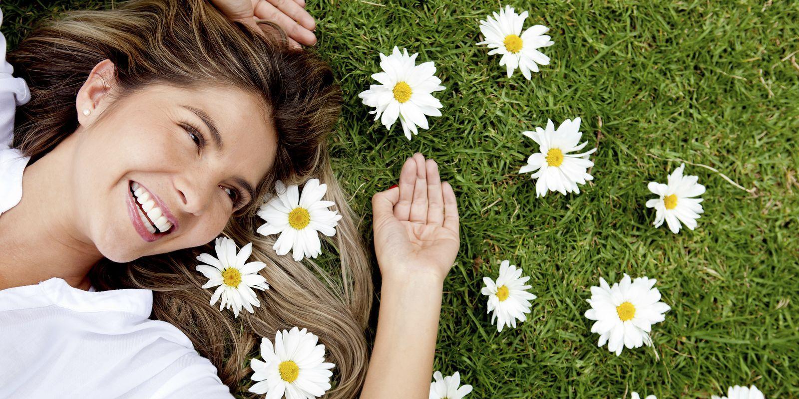 5 léčivých rostlin pro krásné zuby