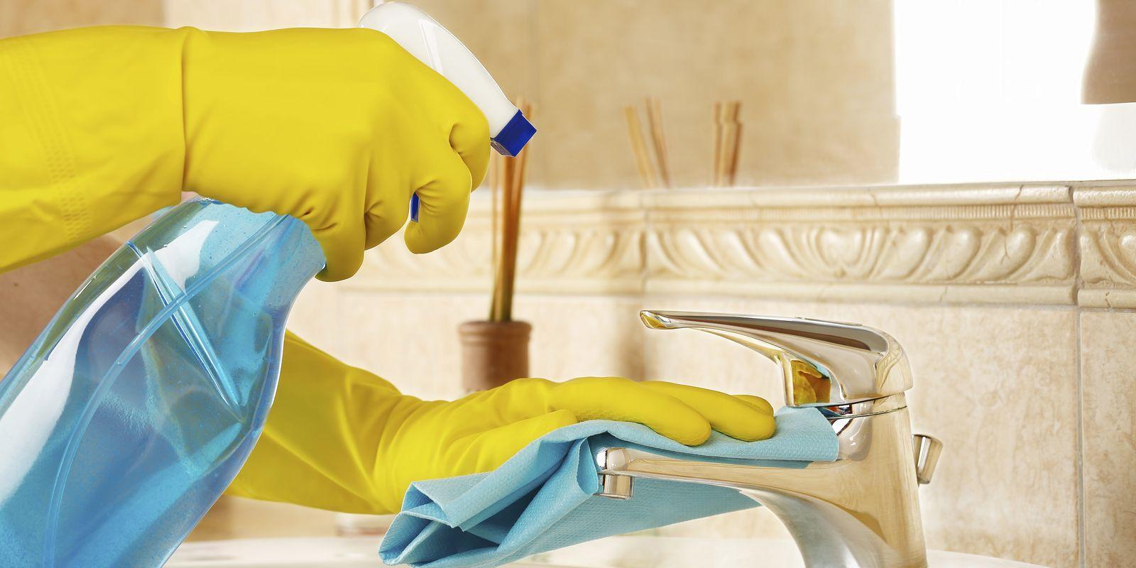 Co způsobují chemické čisticí prostředky?
