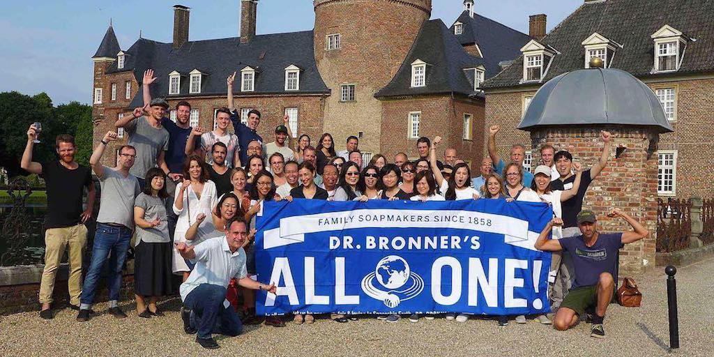 Dr. Bronner's: Konec prohibici konopí!