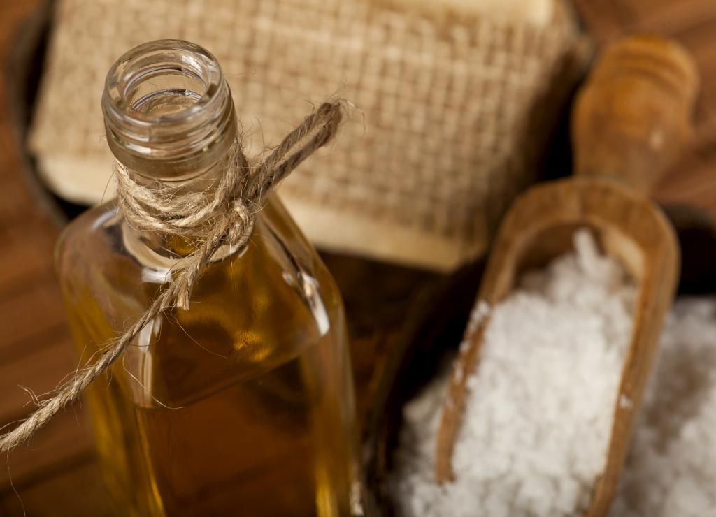 Esenciální olej cedr