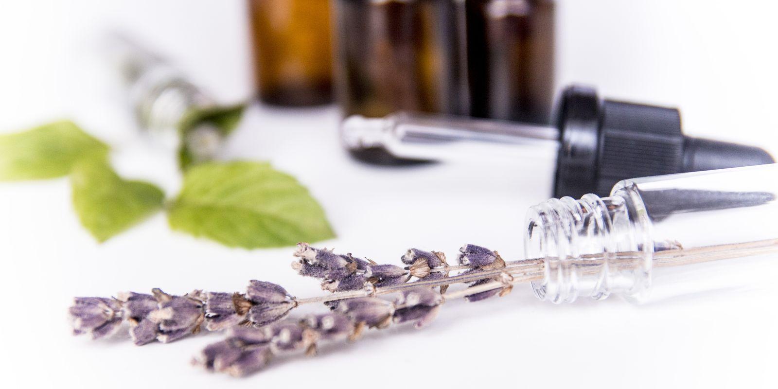 Éterické oleje, které mohou pomoci vašim játrům