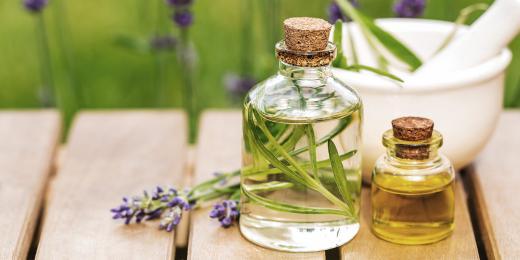 lahvička, aromaterapie, silice, přírodní silice, levandule