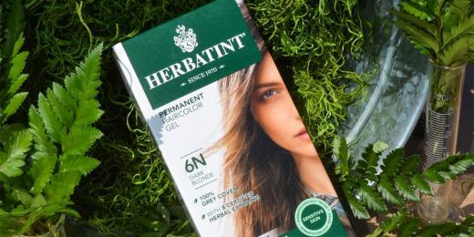 Barva na vlasy od Herbatint
