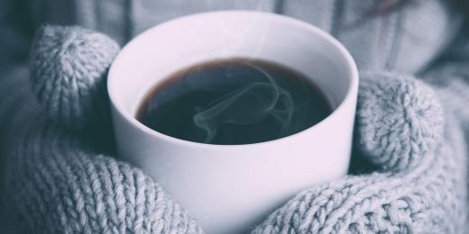 Domácí kávový peeling zvládnete za deset minut
