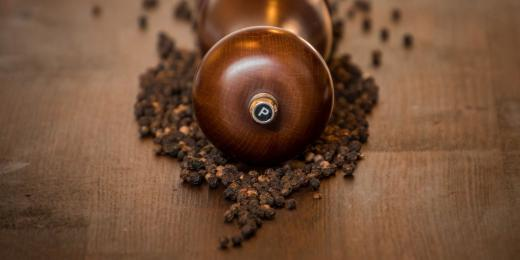 Éterický olej černý pepř