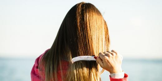 Jak oživit vlasy po létě