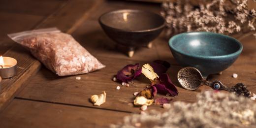 Kadidelnice – důležitý přítel při meditaci