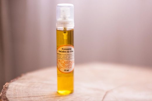 Recenze: Delibutus Konopný balzám na vlasy s jojobovým olejem