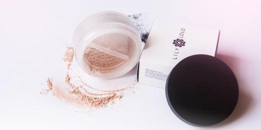 Recenze: Minerální make-up Lily Lolo odstín Candy Cane