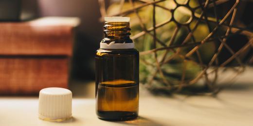 Rostlinný olej z pískavice řeckého sena