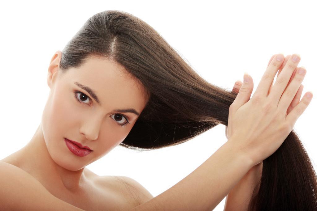Když vlasům chybí lesk