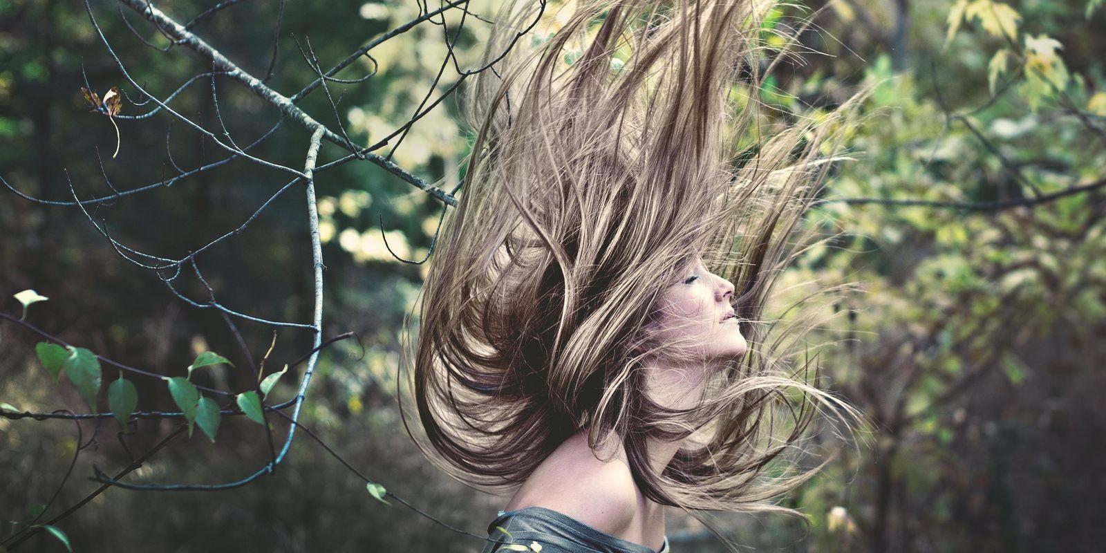 Příčiny padání vlasů