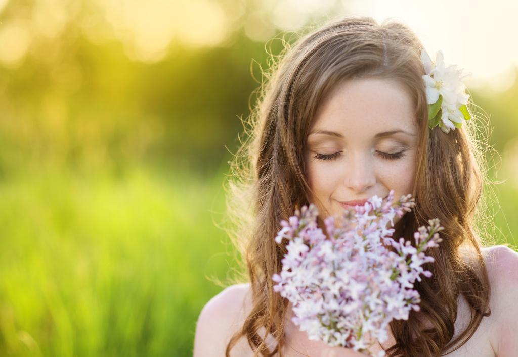 Kosmetika pro mastnou pleť - co nechat, co vyhodit