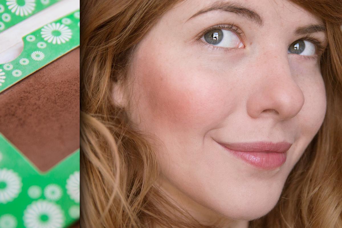 Recenze: Kompaktní tvářenky a bronzer Cosm'etika