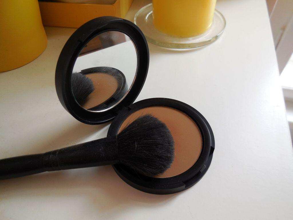 Recenze oblíbeného produktu: Kompaktní bronzer matující