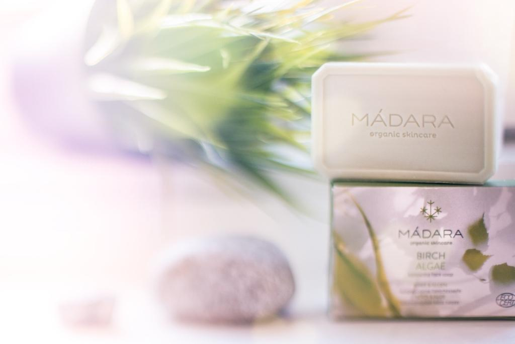 Recenze: Pleťové vyrovnávací mýdlo Mádara