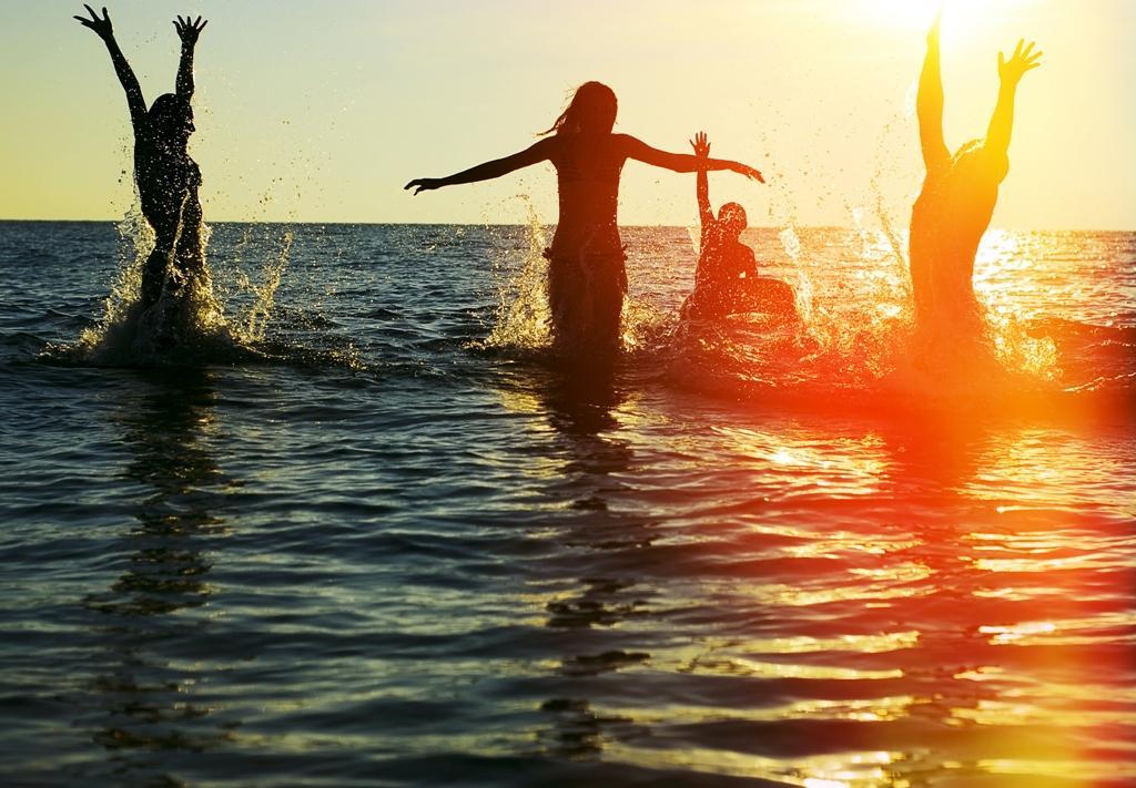 Zdravé opalování na vlnách bio kosmetiky