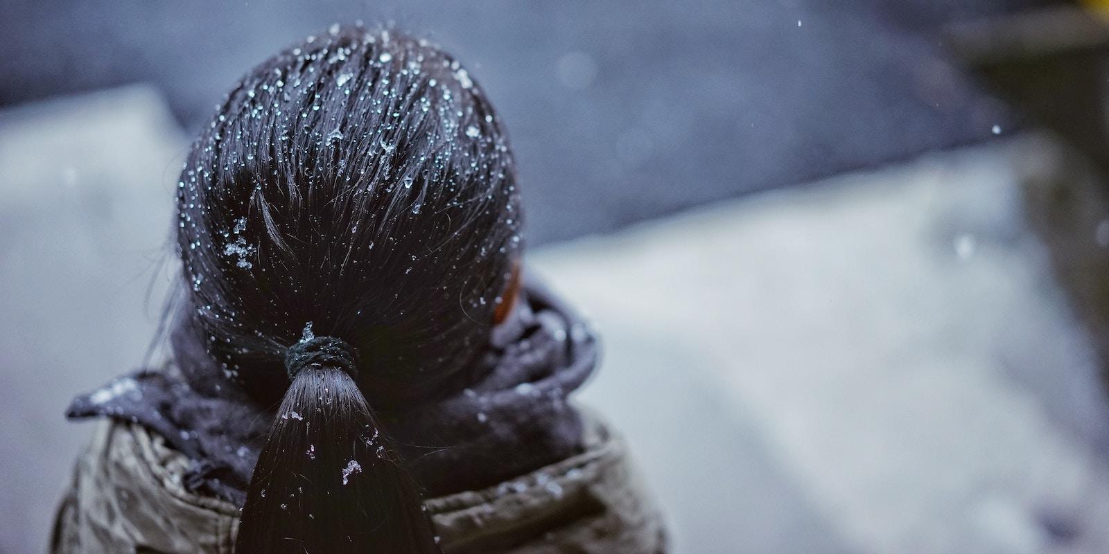 Zimní péče o vlasy: chraňte a vyživujte!