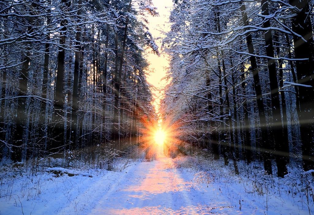 Zimní slunovrat - období zimy a prvku Vody