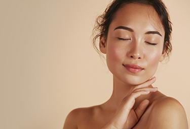 Dekorativní kosmetika a péče o pleť