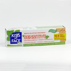 Kiss My Face Corp. Zubní gel Sensitive, bez fluoridu 127,6 g
