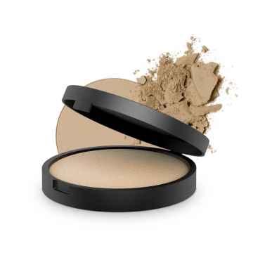 Inika Organic Zapečený minerální pudrový make-up, Strength 8 g