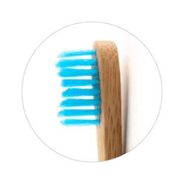 Humble Brush Dětský zubní kartáček Ultra Soft (modrý) 1 ks