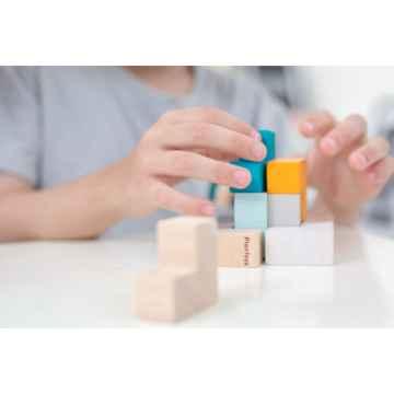 PLAN TOYS Mini 3D puzzle kostka 9 ks