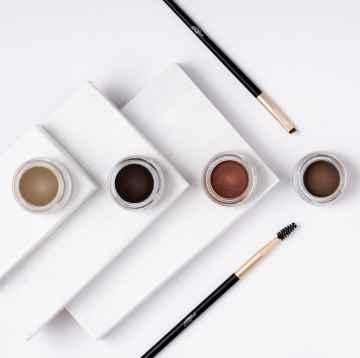 puroBIO cosmetics Browmade, pomáda na obočí 04 charcoal 4 ml